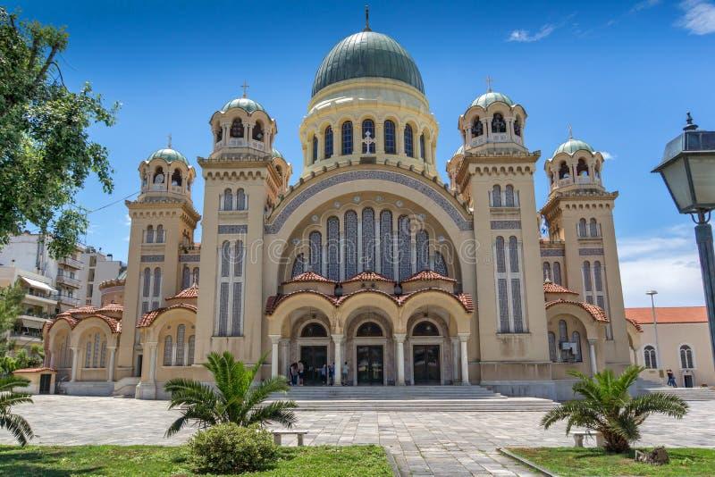 PATRAS, GRECIA 28 DE MAYO DE 2015: Santo Andrew Church, la iglesia más grande de Grecia, Patras, Peloponeso, Grecia foto de archivo libre de regalías