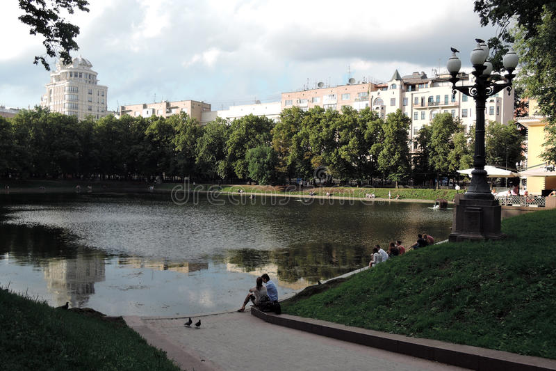 Patriarshiye池塘在莫斯科 免版税图库摄影