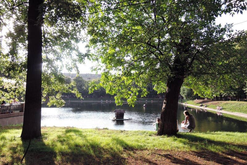 Patriarshiye池塘在莫斯科 图库摄影