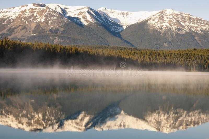 Patricia Lake en Jasper National Park image libre de droits