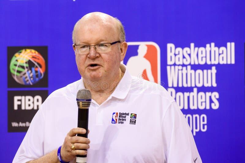 Patrick Hunt, världsanslutning av presidenten för baskettränare WABC och direktör av basket utan gränser BWB fotografering för bildbyråer