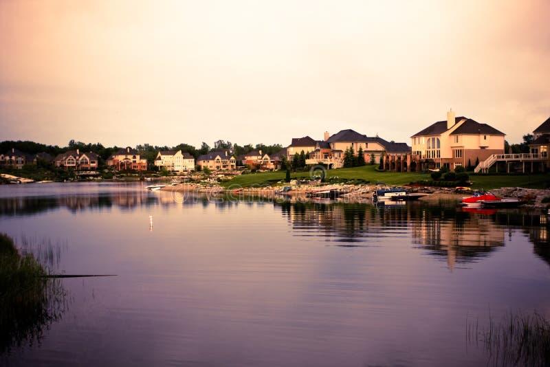 Patrimoines de vue de lac photographie stock libre de droits