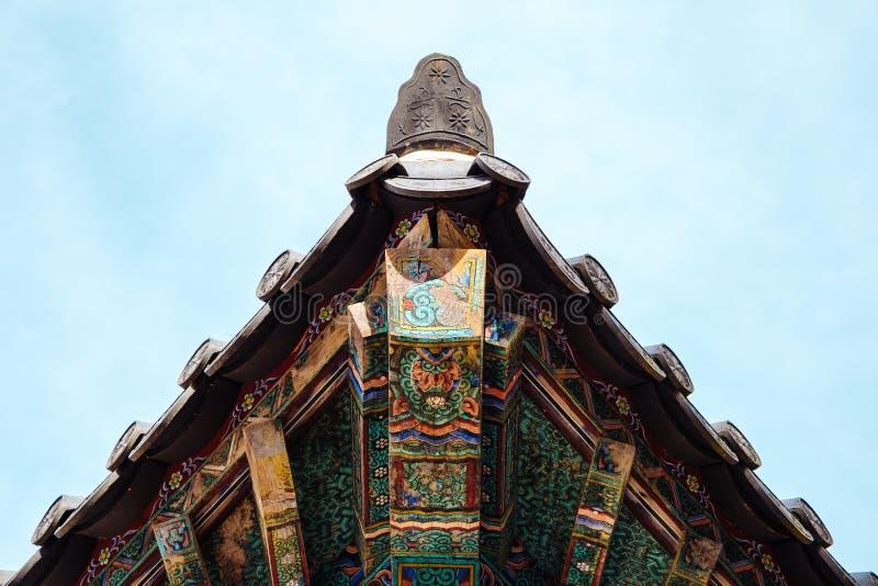 Patrimonio mondiale dell'Unesco del tempio di Bulguksa - di Eaves in Gyeongju, Corea fotografia stock