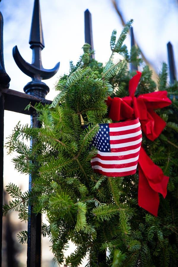 Patriotischer Weihnachtskranz lizenzfreies stockfoto
