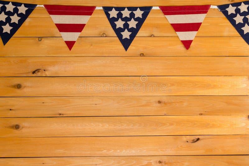 Patriotisk amerikansk bunting för stjärnor och för band royaltyfri fotografi