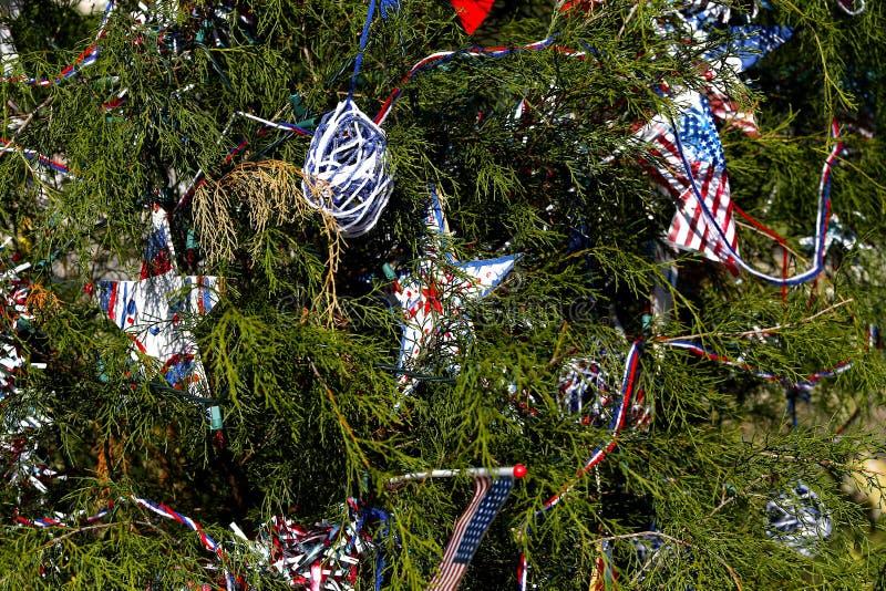 Patriotyczna choinka w forcie Myers, Floryda, usa zdjęcia royalty free