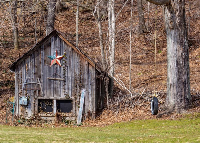 Patriotyczna stodoła w górach Karoliny Północnej fotografia royalty free