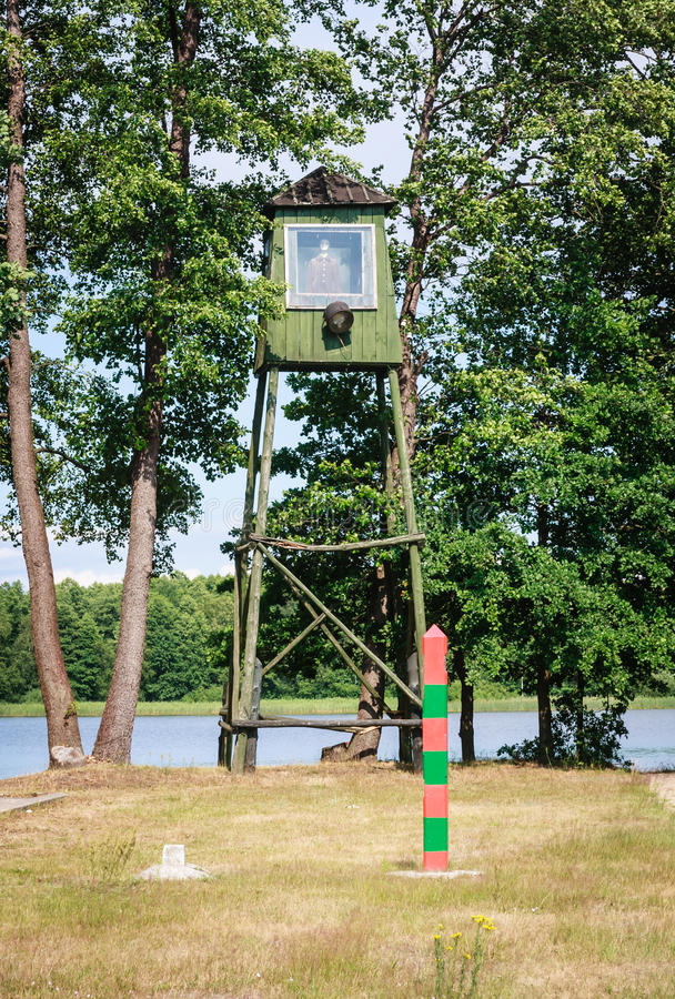 Patrolowa wieża obserwacyjna Grutas park fotografia royalty free