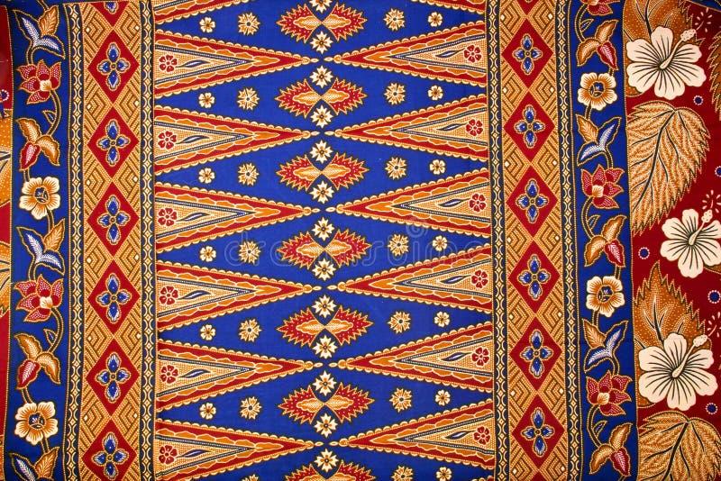 Patroon op de Traditionele Sarongen van de Batik stock afbeeldingen