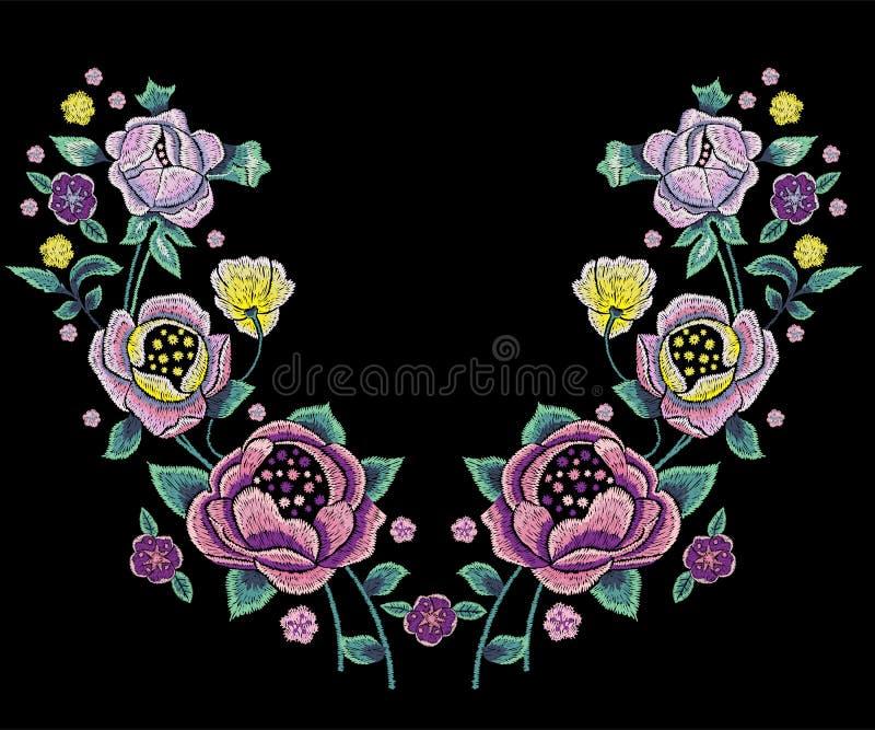Patroon van de borduurwerk het traditionele halslijn met bleke rozen royalty-vrije illustratie