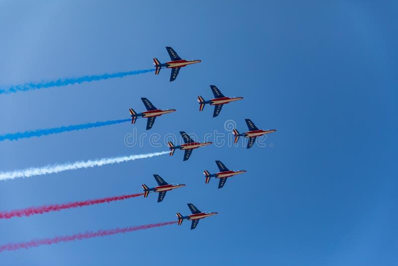 Patrouille acrobatique française de Patrouille De France images libres de droits