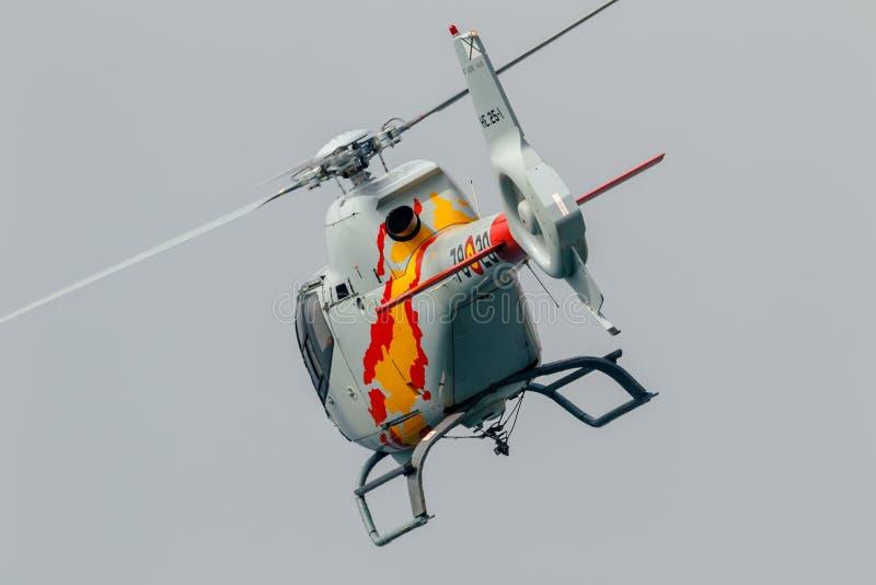 Patrulla Aspa, Helikopter Eurocopter EG-120 Colibri stock afbeelding