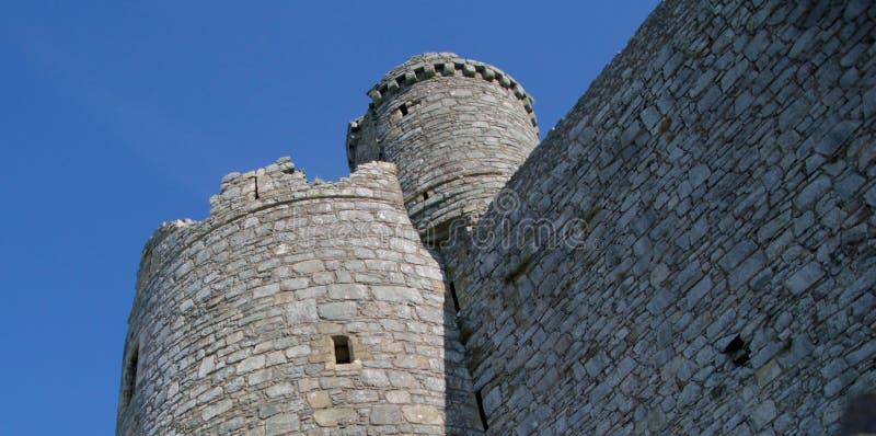 Patrząc na ściany i wieżę zdjęcie royalty free