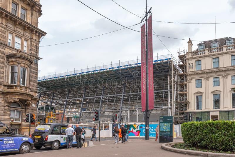 Patrzeć obecnie od George kwadrata Glasgow nowej królowej Uliczna stacja kolejowa w budowie fotografia stock