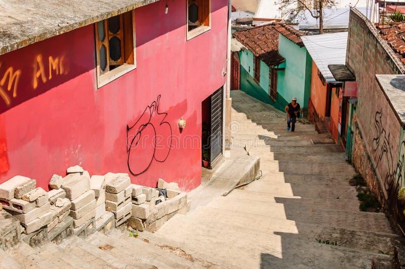 Patrzeć w dół kroki w San Cristobal De Las Casas, Meksyk zdjęcia royalty free