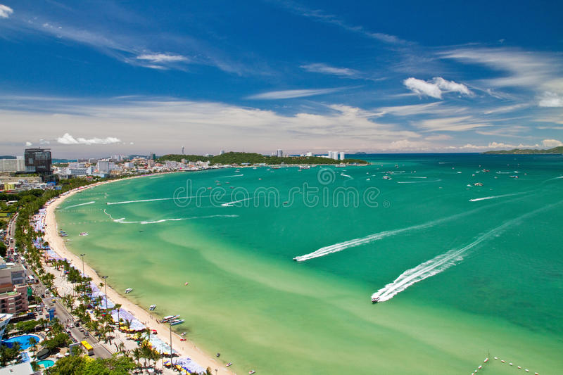Pattaya海滩和城市俯视图 免版税图库摄影