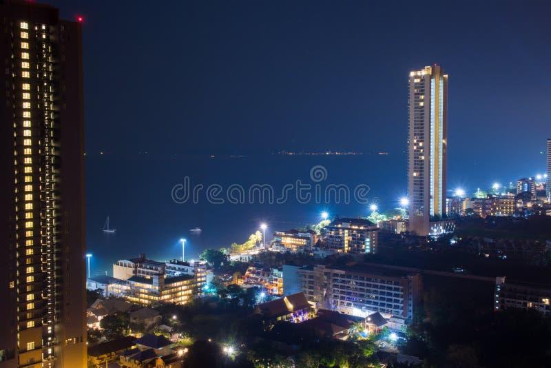 Pattaya stadsscape på natten royaltyfria foton