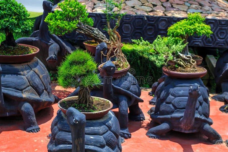 PATTAYA, TAILANDIA - MARZO 2013: Giardino di Nong Nooch fotografia stock