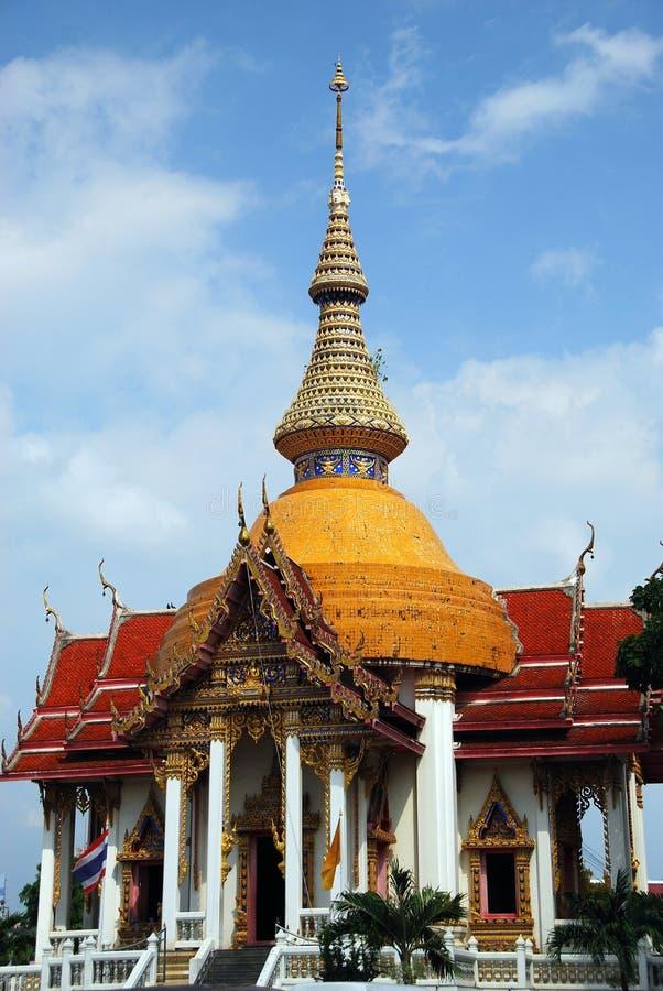 Pattaya, Thaïlande : Temple de Chai Mongkhon image stock