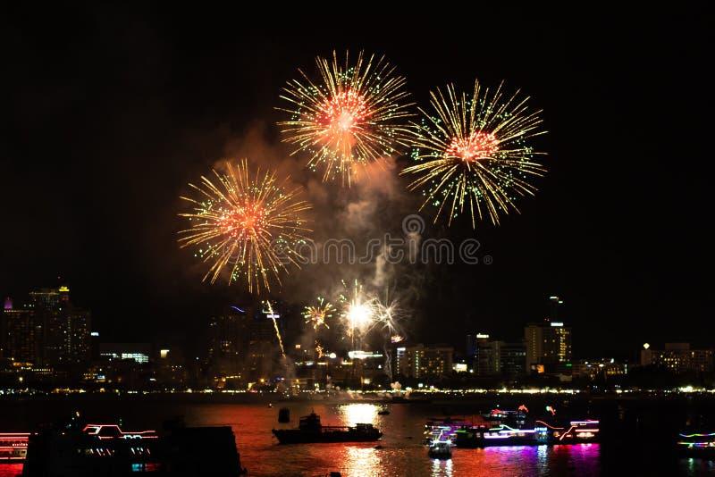 Pattaya Thailand Internationale Feuerwerke zeigen Festival Sch?ne Feuerwerke stockbild