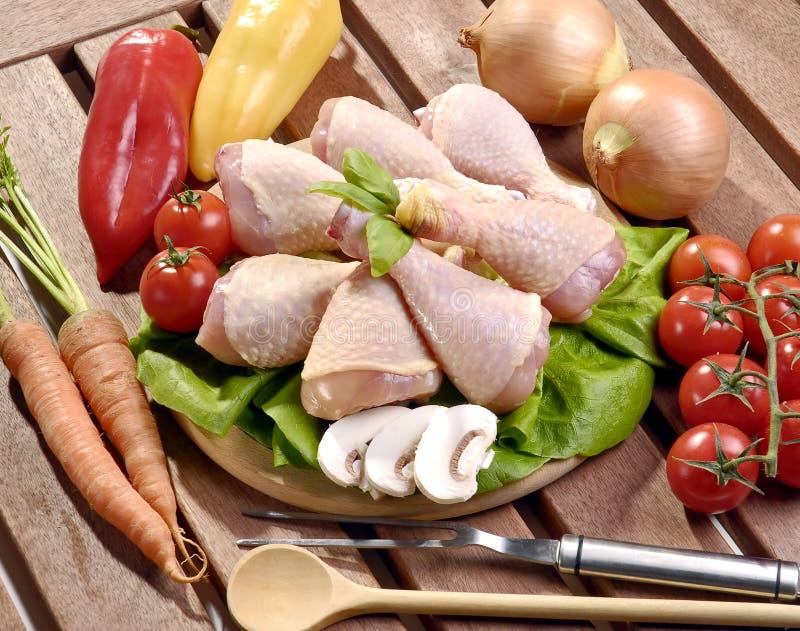 Pattes de poulet crues photographie stock libre de droits