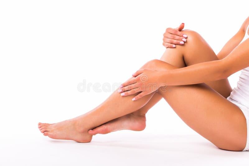 Download Pattes et mains de femme image stock. Image du détendez - 76087429