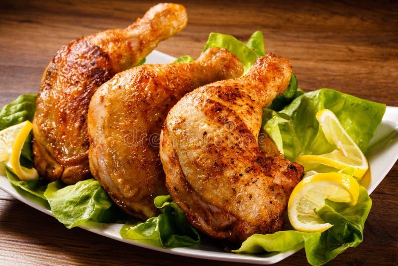 Pattes rôties de poulet image stock