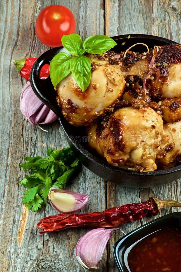 Pattes rôties de poulet photographie stock libre de droits