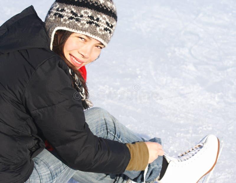 Pattinare di ghiaccio fotografia stock libera da diritti