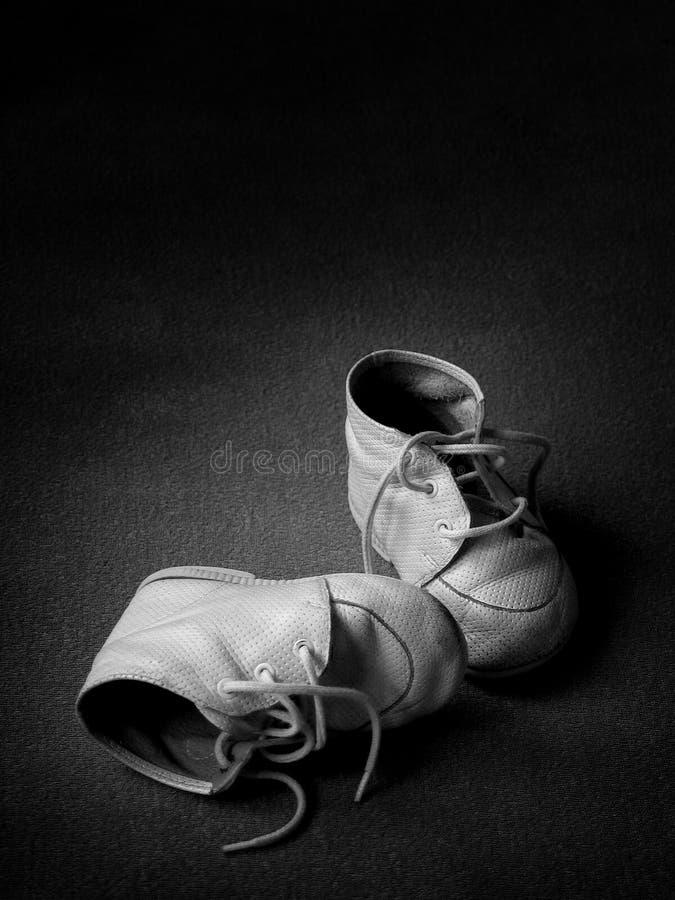 Pattini di bambino - BW immagini stock libere da diritti