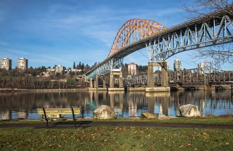 Pattullo桥梁和铁轨,新威斯敏斯特 库存图片