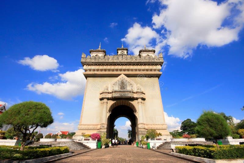 Patuxai曲拱纪念碑在老挝万象 库存图片