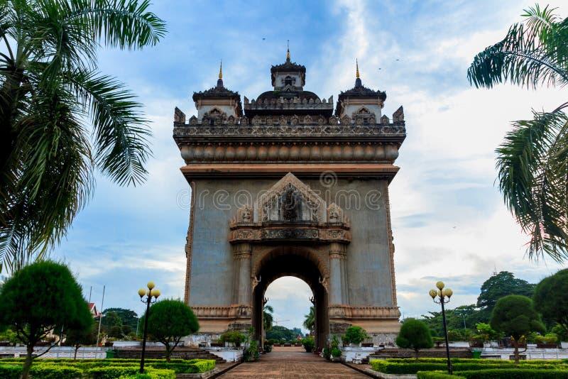 Patuxai zwycięstwo wojenny zabytek w centre Vientiane, Laos zdjęcia stock
