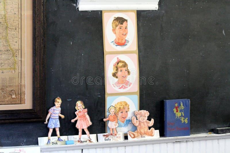 Pau, Jane e Sally Vintage Teacher Props imagens de stock