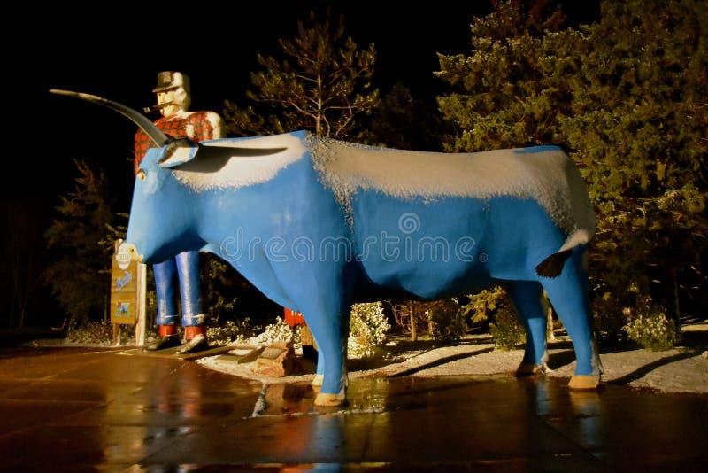 Paul Bunyan e Babe o So Azul em Bemidji imagens de stock