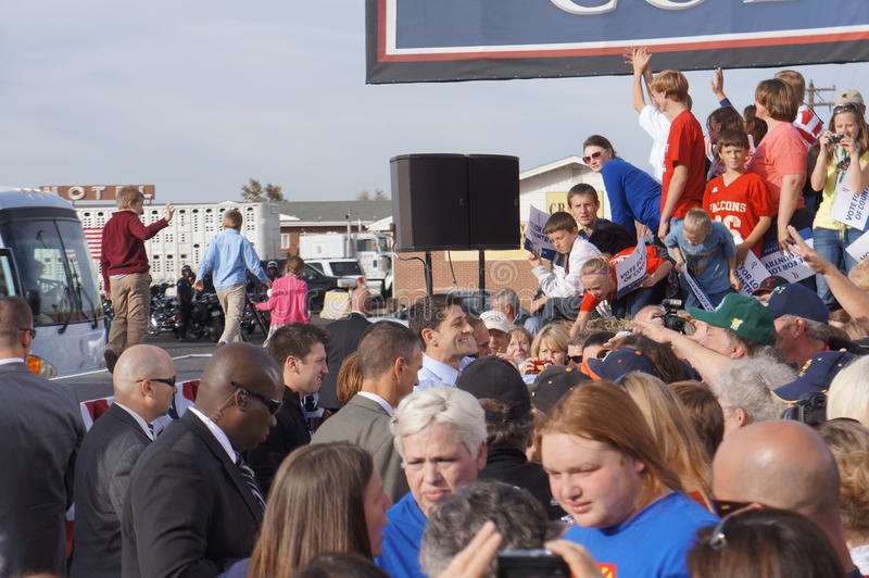 Download Paul Davis Ryan Rally Mitt Romney Editorial Stock Image - Image: 27534714