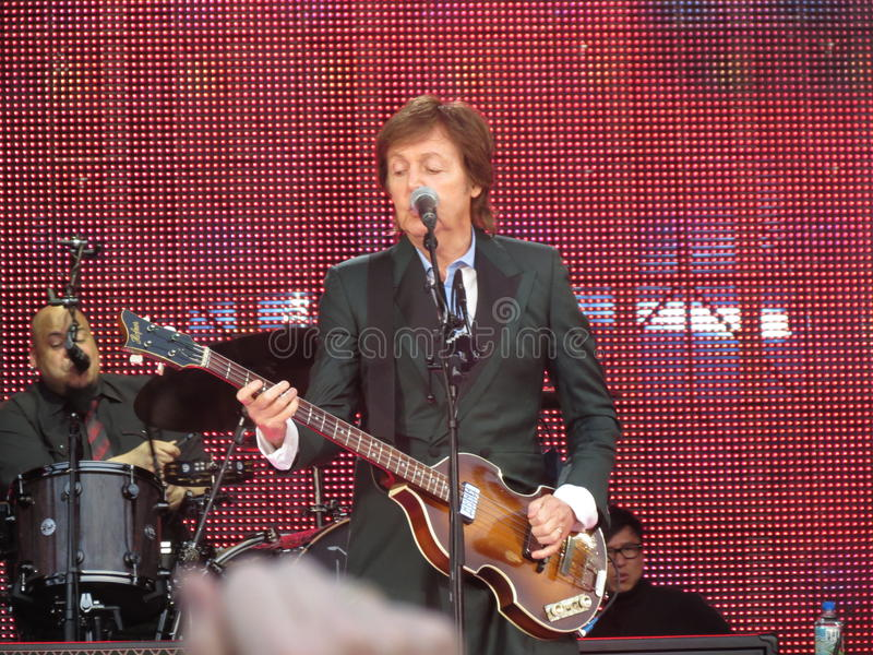 Paul McCartney levend in Wenen 2013 royalty-vrije stock fotografie