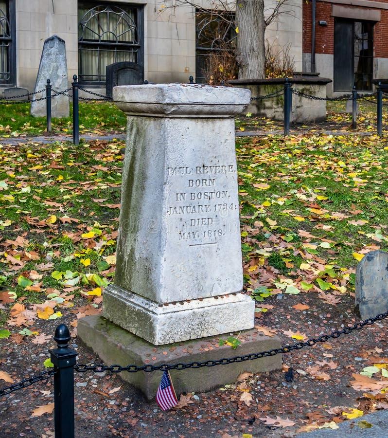 Paul Revere allvarlig plats i spannmålsmagasinet som begraver jordkyrkogården - Boston, Massachusetts, USA royaltyfri foto