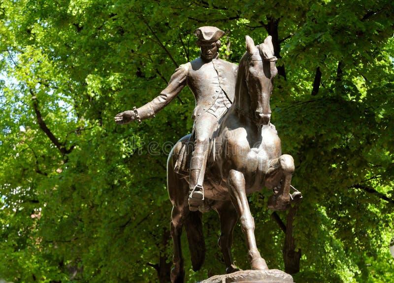 Paul Revere a estátua fotos de stock