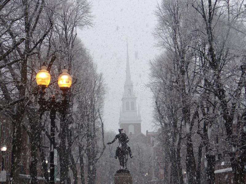 Paul Revere Monument, Oude het Noordenkerk, Boston stock fotografie