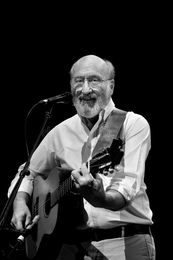 Download Paul Stookey At Concert Editorial Image - Image: 23486530