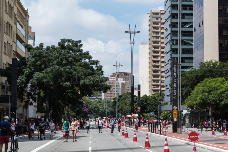 Paulista-Allee - die Haupttouristenattraktion in Sao Paulo, Brasilien stockbilder