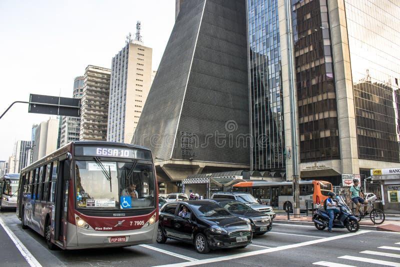 Paulista aveny royaltyfria bilder