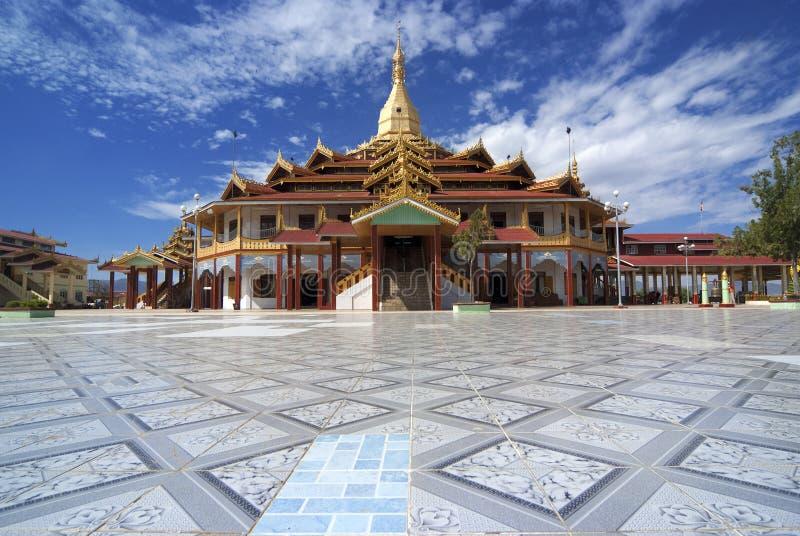 paung pagoda oo daw стоковое фото rf