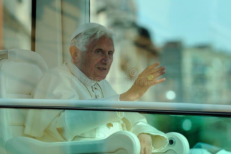 Paus Benedict XVI in Milaan op Juni, 1st 2012 stock afbeeldingen