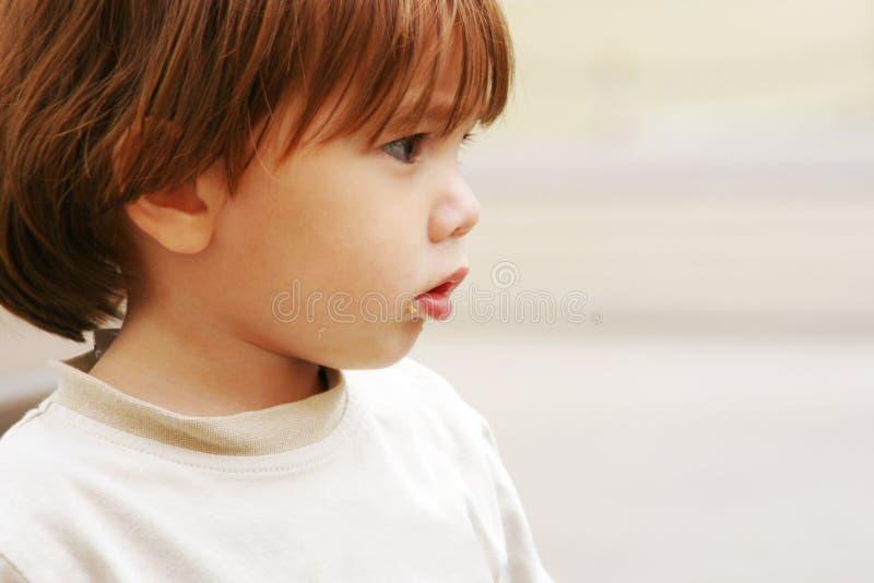 Pauvre petit enfant perdu photographie stock