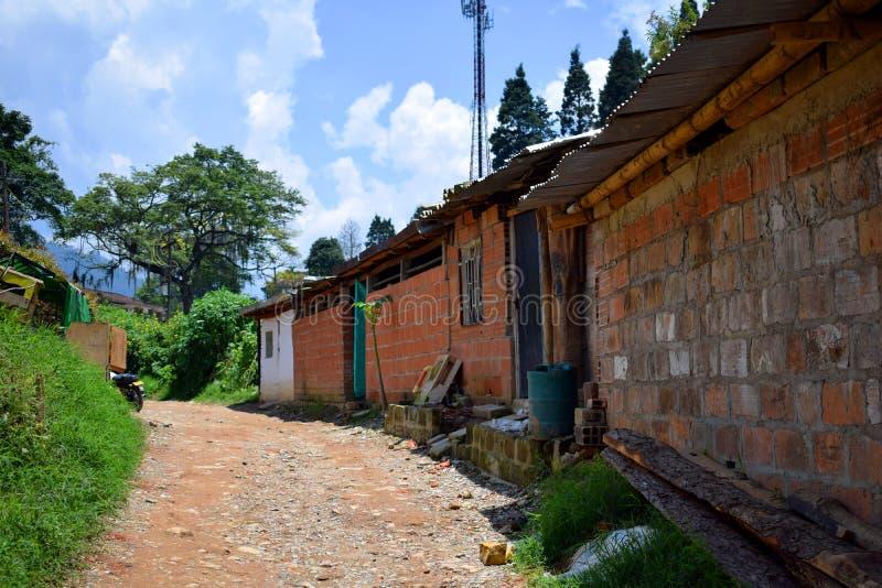 Pauvreté colorée rurale de chemin photos libres de droits