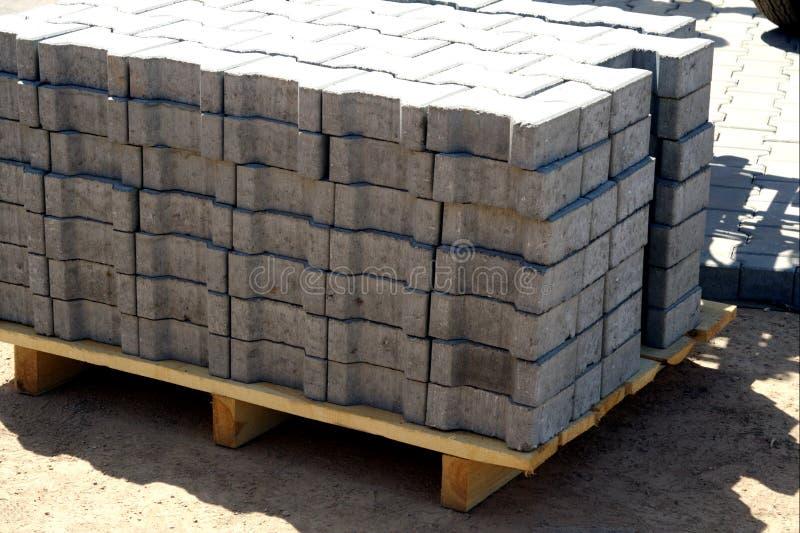 Download Pavés Ronds Concrets Eady Pour Utiliser Image stock - Image du ground, forme: 8672411