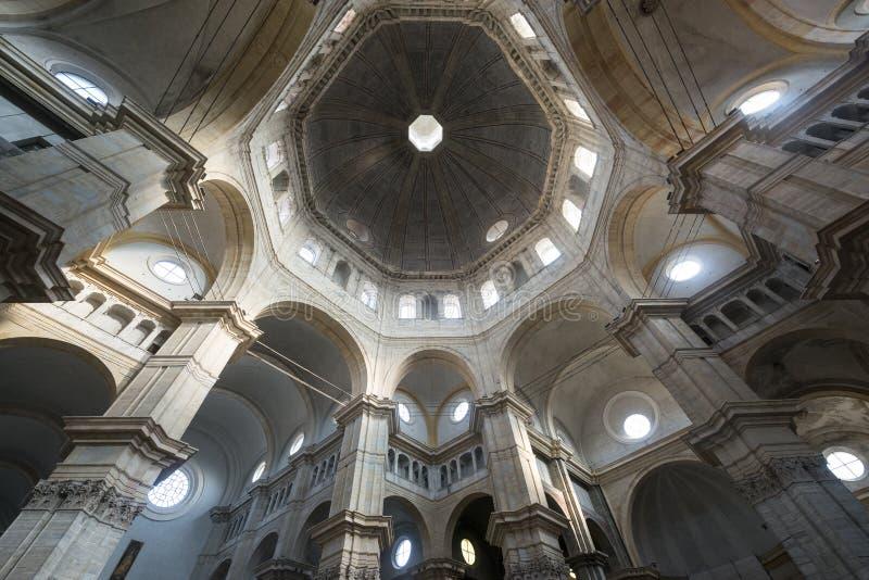 Pavia, katedralny wnętrze zdjęcie stock