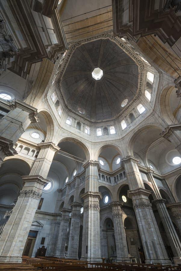Pavia, katedralny wnętrze obraz royalty free
